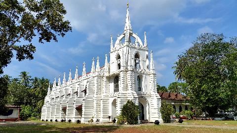 Mae De Deus Church, Saligao Goa